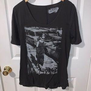 🌸 audrey hepburn grey shirt